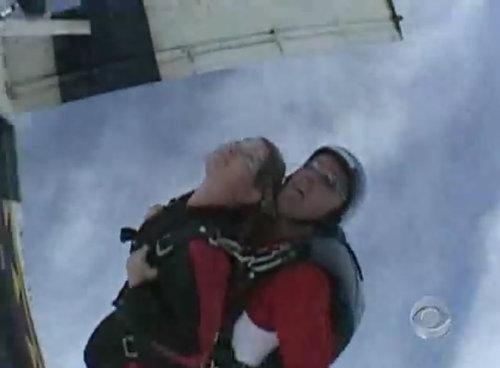 スカイダイビングのヒーロー02