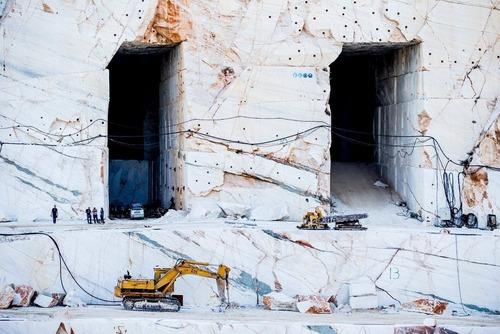 ギリシャの大理石の採掘場01
