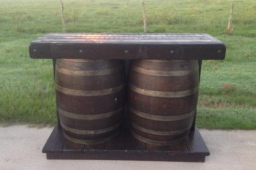 ワイン樽から作った家具13