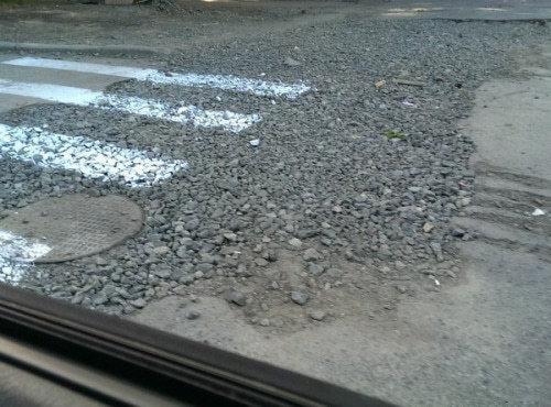 ロシア流の道路補修07