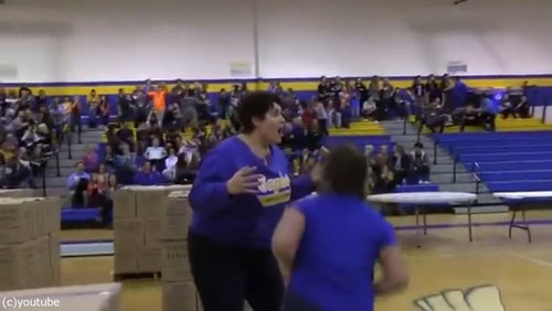 バスケのロングシュートに挑戦したママ09