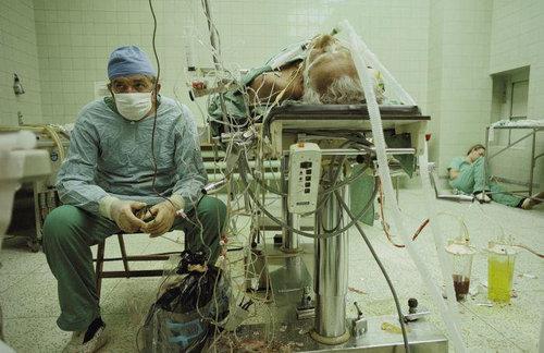 23時間にわたる心臓移植手術01