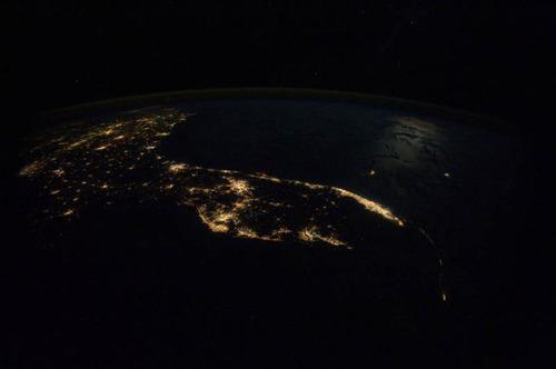ISSから見た夜景24