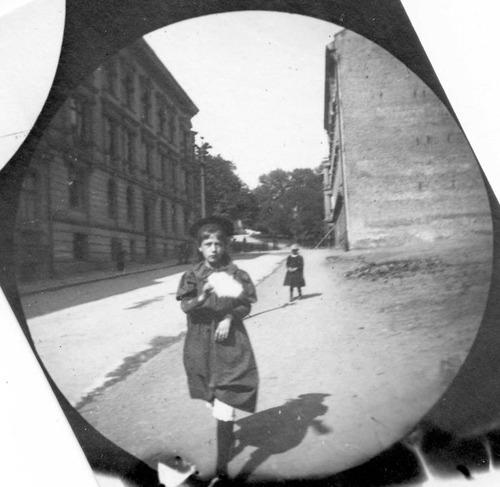 19世紀の隠しカメラ写真04