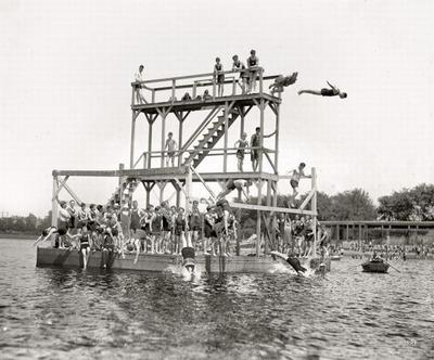 100年前の水着11