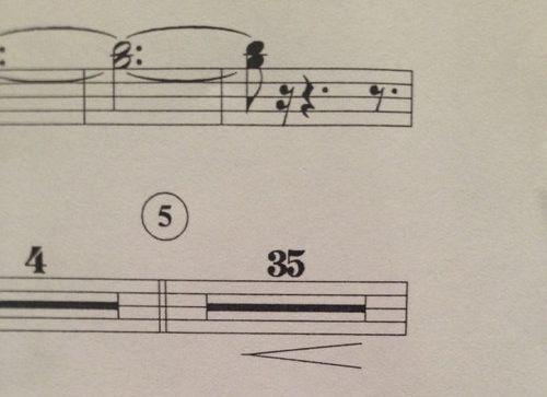「楽譜の休符に表現がついているとき」02