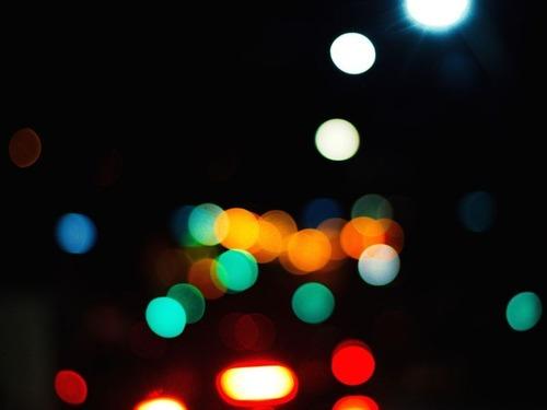 「夜は何色の服が一番遠くから見えるの?」00