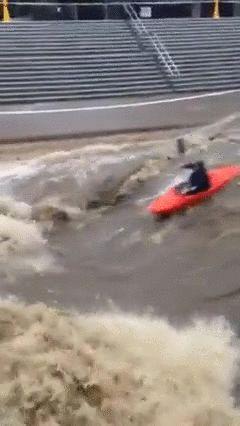 大学が洪水10