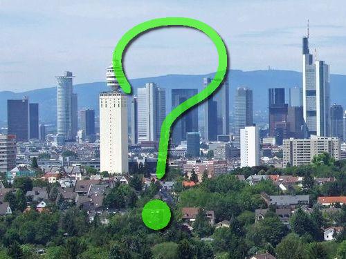 フランクフルトの対照的な2つの建物00