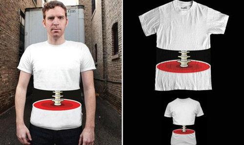 01面白い、変わったTシャツ