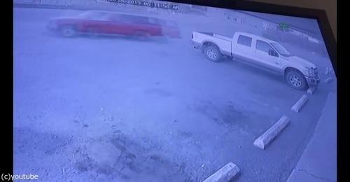 強盗の車が盗まれる03