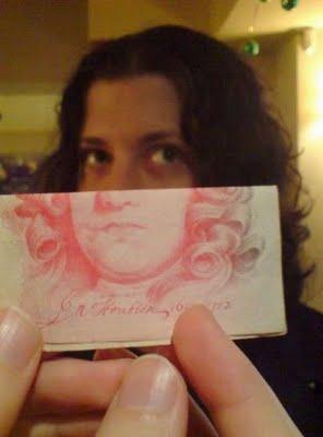 紙幣の肖像画と合体11