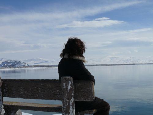 「独りぼっちの人、どうやって寂しさを乗り越えてる?」