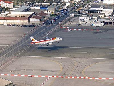 ジブラルタル空港05