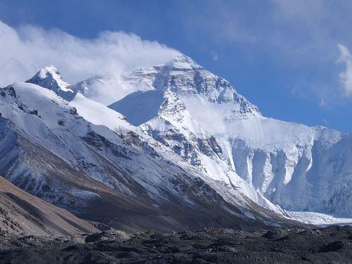 2015年はエベレスト登頂000