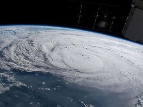 ハリケーンの備え00