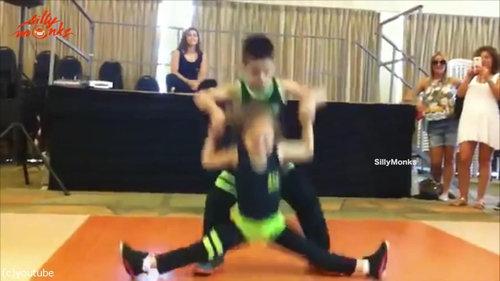 サルサを踊る子供03