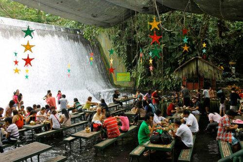 世界の絶景レストラン32