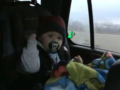 ロックンローラーな赤ちゃん