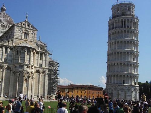 新型コロナ後のピサの斜塔00