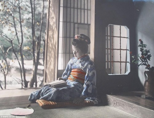 1900年代の日本の写真をカラー化01