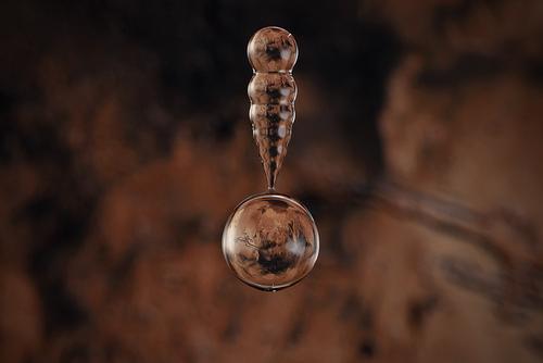 水滴の中に地球06