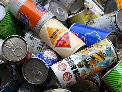 日本のビール缶がすごい00
