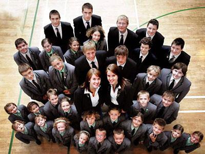 双子が20組いる学校