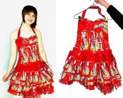 奇抜ドレス08