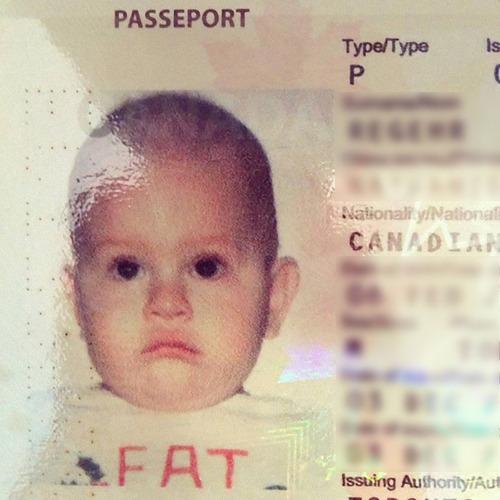 最悪のパスポート写真06