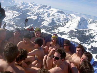 雪山の頂でお風呂08