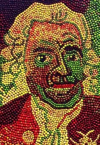 天然色で彩った巨大なりんごアート08