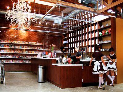 ロサンゼルスのメイド喫茶02