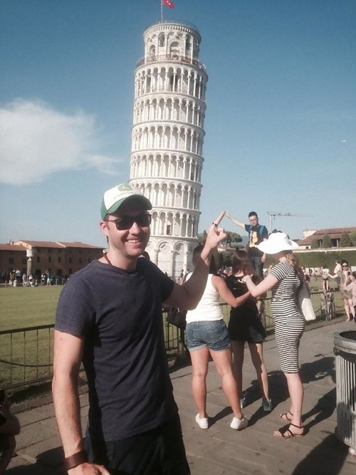 ピサの斜塔の記念写真は進化していた06
