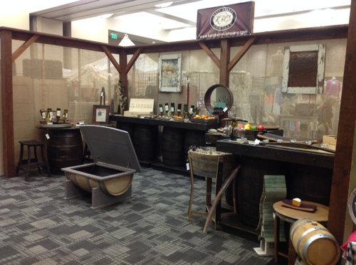 ワイン樽から作った家具22