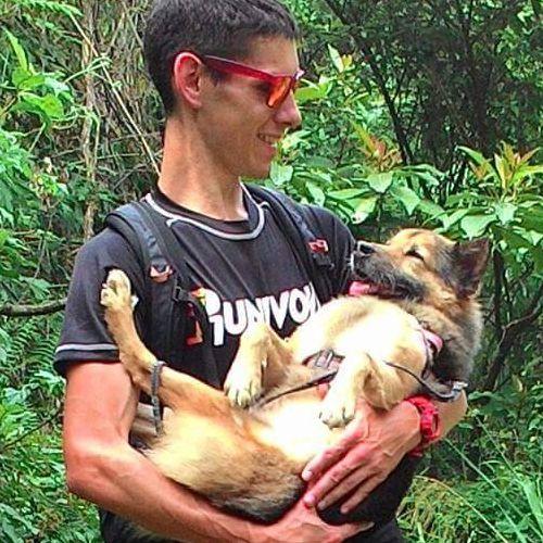 うちの犬は腰が悪いのにハイキングが大好き02