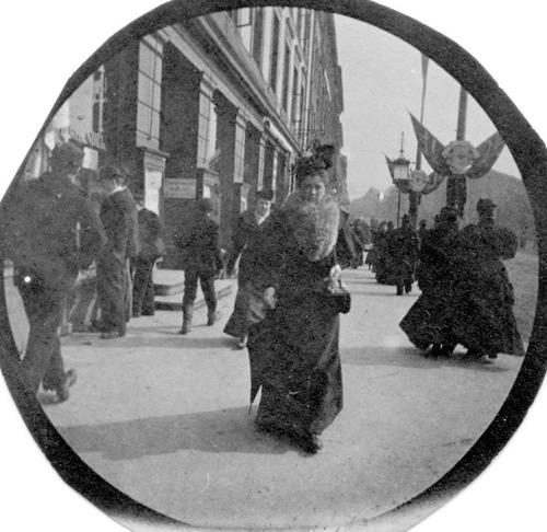 19世紀の隠しカメラ写真10