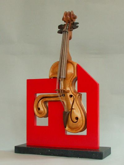 変わった形のバイオリン19