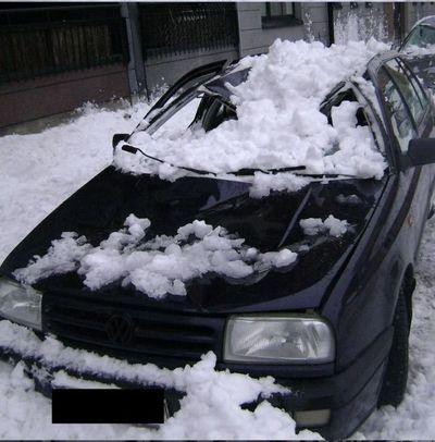 大失敗している雪かき04