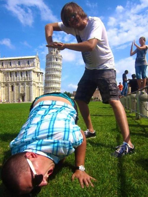 ピサの斜塔の記念写真は進化していた13
