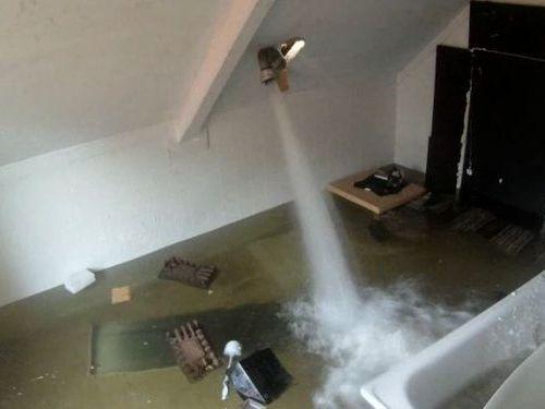部屋を浸水