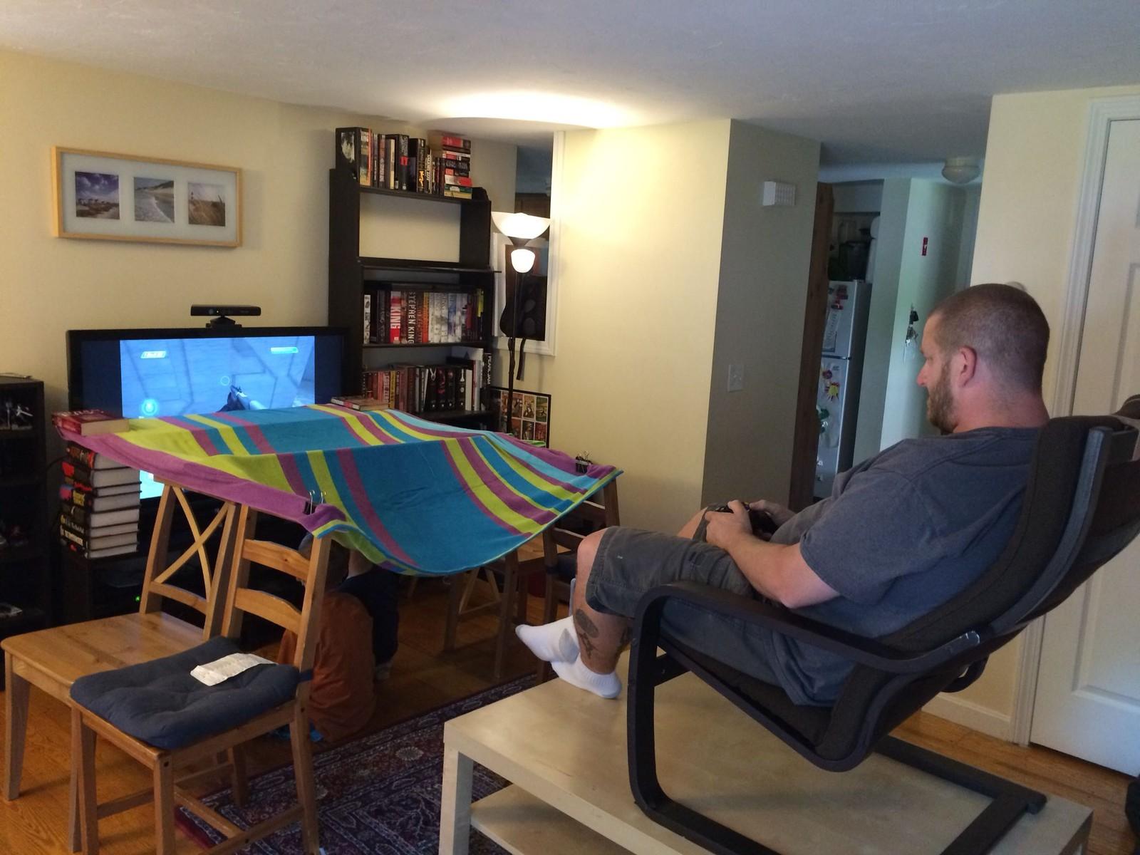 q. Black Bedroom Furniture Sets. Home Design Ideas