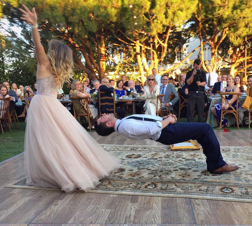 結婚式で花婿がマジシャンだった場合02