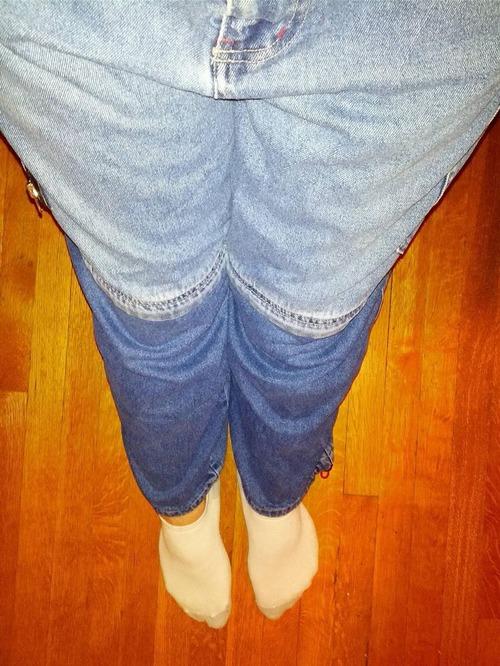 ジッパーで分離するジーンズ01
