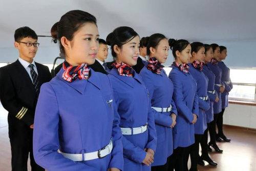 中国ではキャビンアテンダント志望の競争率が高い05