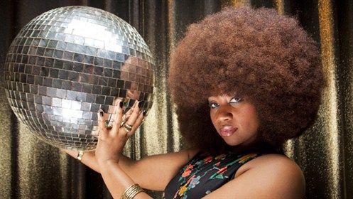 世界一のアフロ女性01