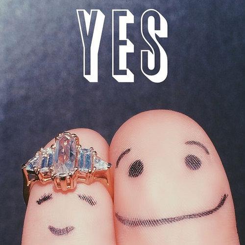 「結婚しました」をクールに報告する例13