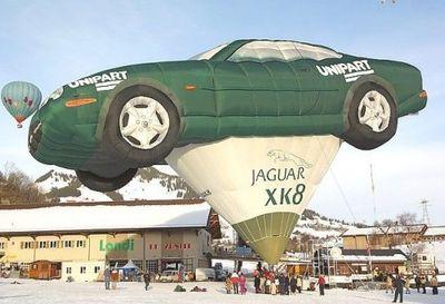 奇抜なデザインをした世界のおもしろ気球08