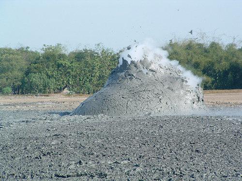 泥火山の泡10