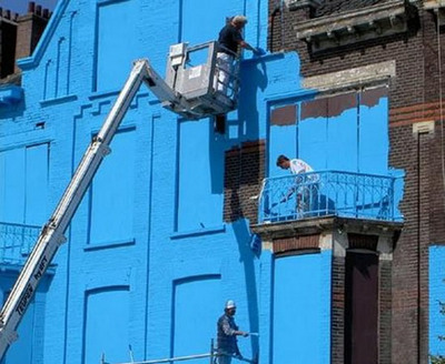 真っ青に染めてしまったロッテルダムの建物05